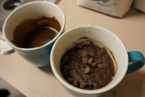 Brownie-in-a-mug-before and after