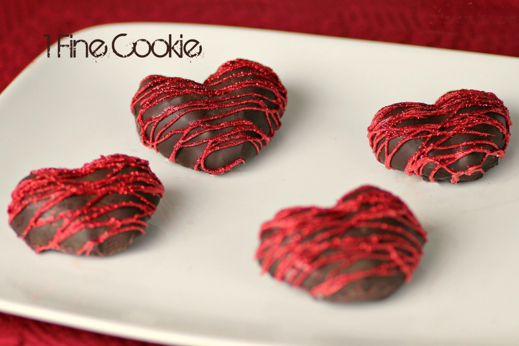 Chocolate-Covered-Strwaberry-Hearts-Filled-with-Marshmallow-by-1-Fine-Cookie-3