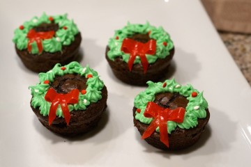 wreath-cupcake-brownies