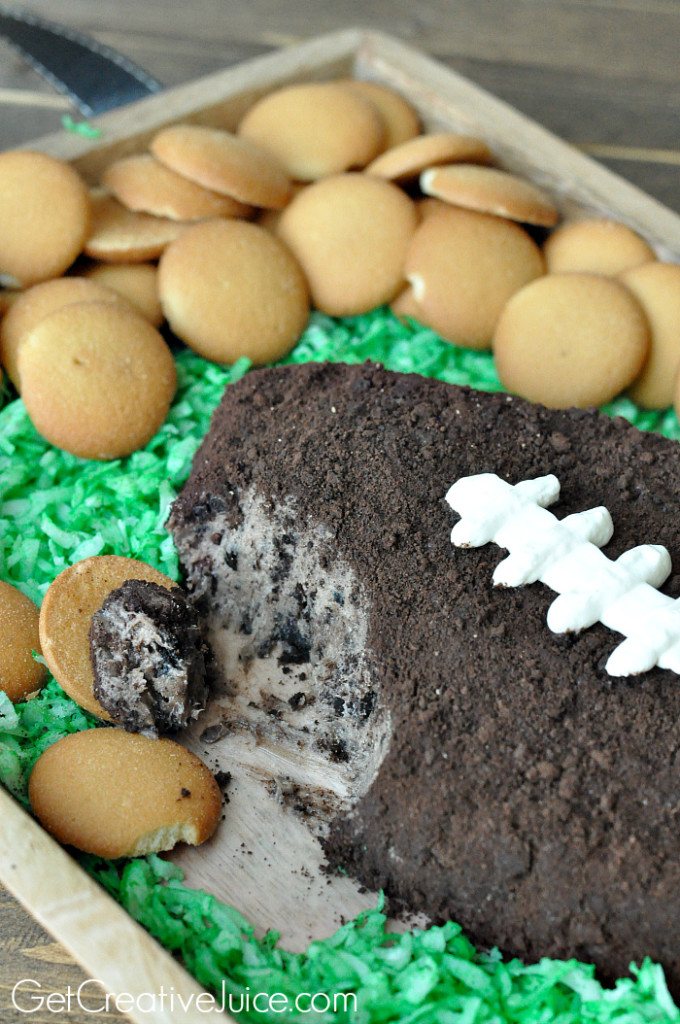 Cookies-and-Cream-Football-Party-Dip-