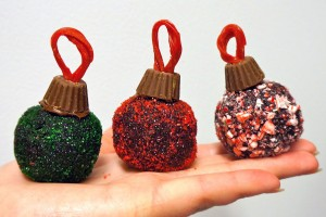 cake-ball-ornaments