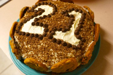 Unique-birthday-cake