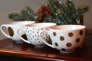 DIY-gold-polka-dot-mug